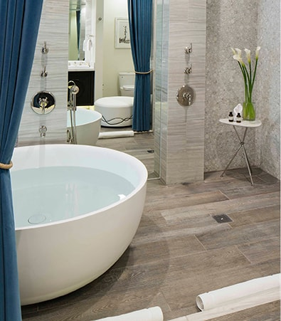Very large and beautiful modern tub
